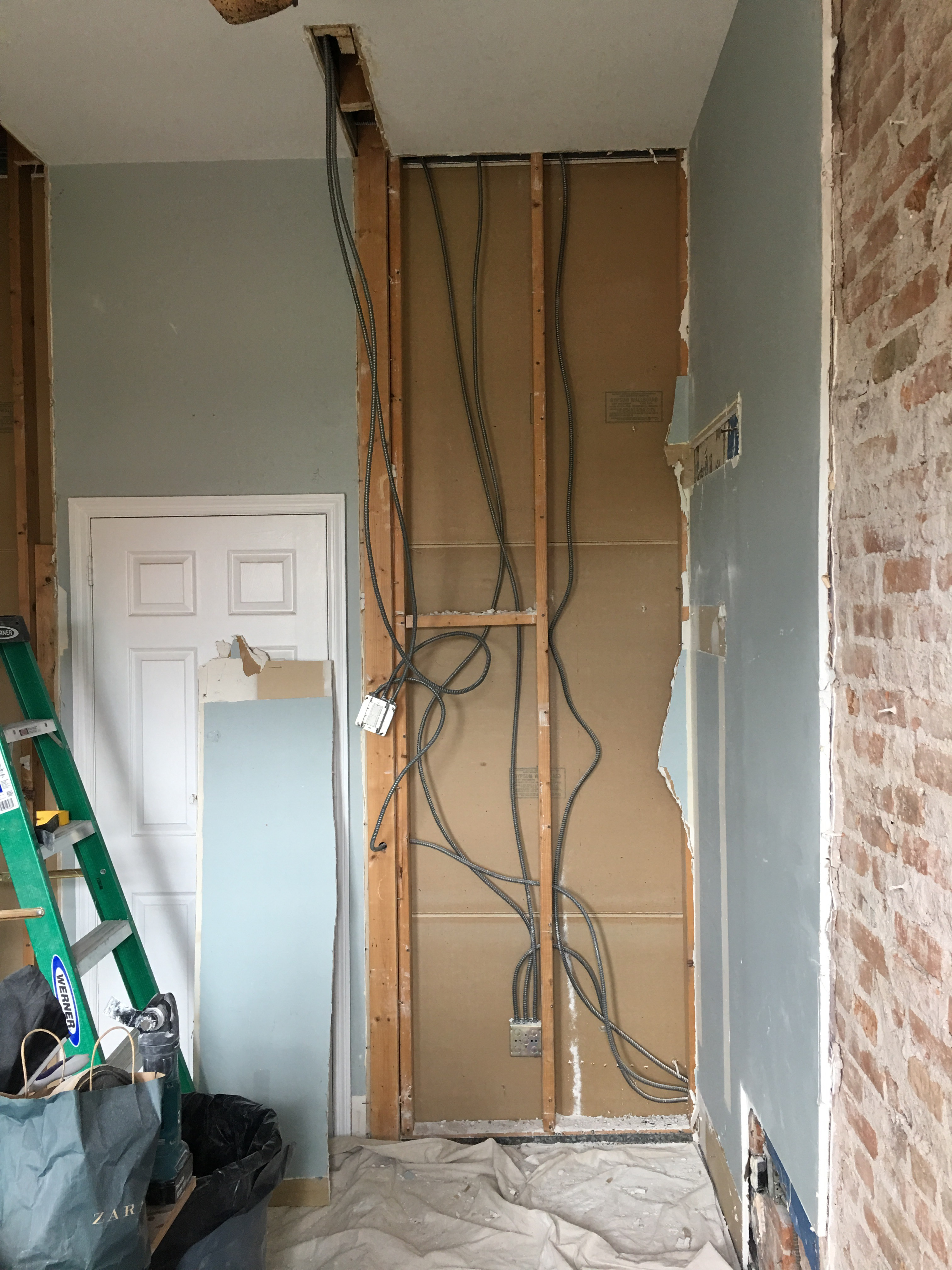 Day 8 412 11th Street Apartment 4r Wiring Behind Plaster Walls Opened Up The Wall Old Closet What A Nest Of